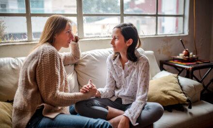 Forældreguide: Sådan taler du med dit barn om MeToo